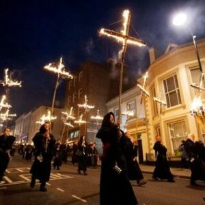 Lewes bonfire night procession